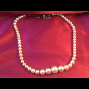 Jewelry - True Vintage Single Pearl Strand 18 inches 1970's